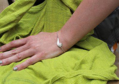 Bracelet argent avec motif végétal